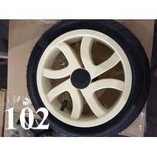 Колесо 12 дюймов Черное с подшипником надувное (белый диск) для детской коляски